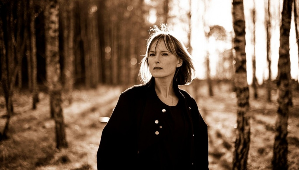 Cajsa Stina Åkerström